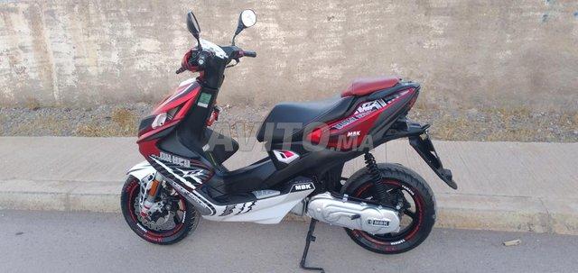 moto - 5