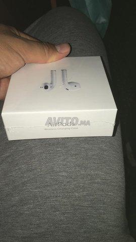 AirPods 2ème génération wireless charge Gps - 6
