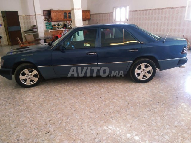 Mercedes 300 - 4