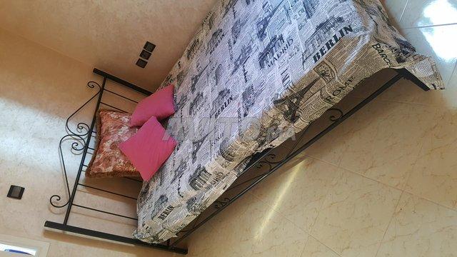 Un grand lit plus 2 lit petit - 2