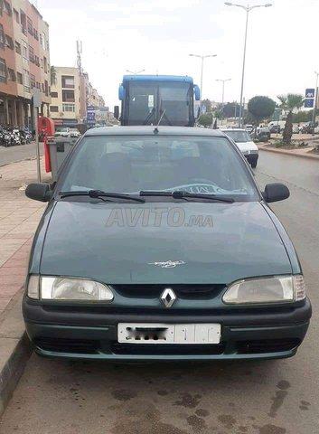 Voiture Renault R19 1995 au Maroc  Diesel  - 8 chevaux