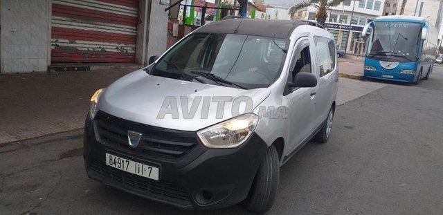 Voiture Dacia Dokker 2015 au Maroc  Diesel  - 6 chevaux