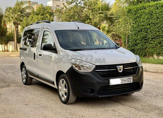 Voiture Dacia Dokker 2017 au Maroc  Diesel  - 6 chevaux