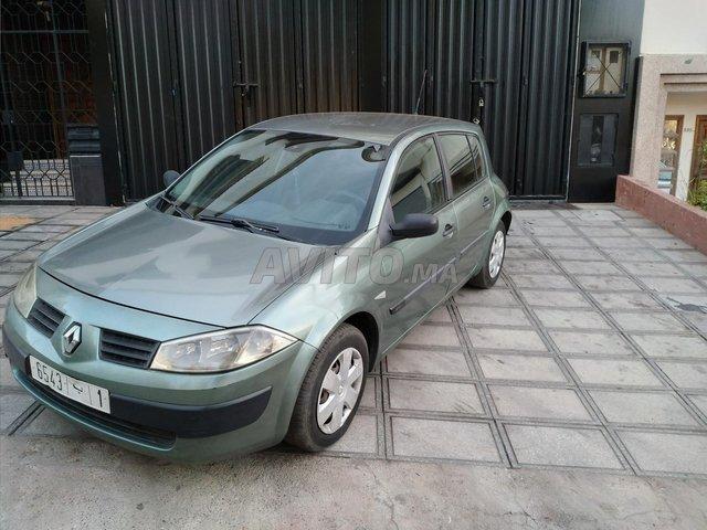 Voiture Renault Megane 2004 au Maroc  Diesel  - 7 chevaux