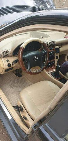 Voiture Mercedes benz Classe c 2002 au Maroc  Diesel  - 9 chevaux