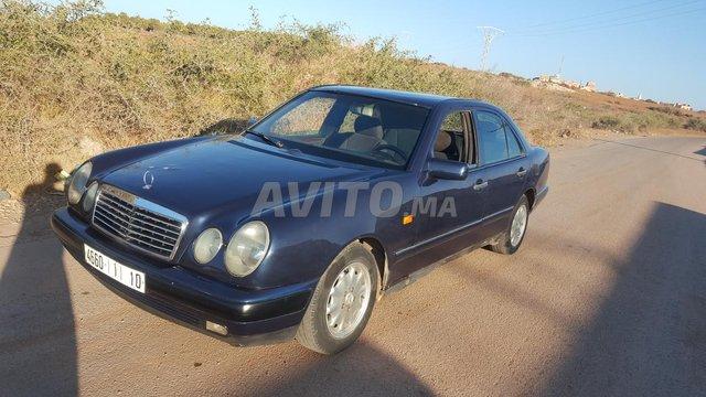 Voiture Mercedes benz R250 1997 au Maroc  Diesel  - 10 chevaux