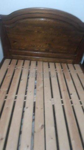 chambre a coucher en bois rouge 1er chois - 4