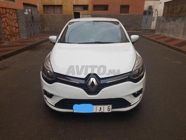 Voiture Fiat Punto 2018 au Maroc  Diesel  - 6 chevaux