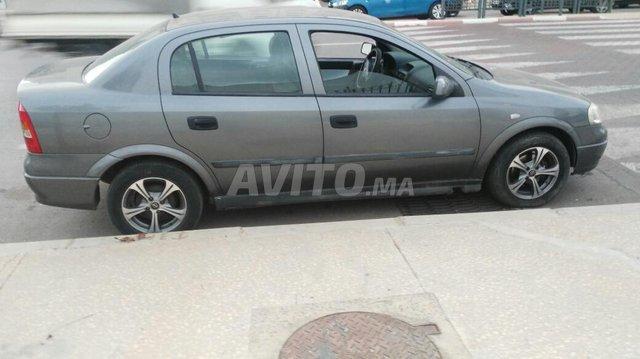 Voiture Opel Astra 2004 au Maroc  Diesel  - 7 chevaux