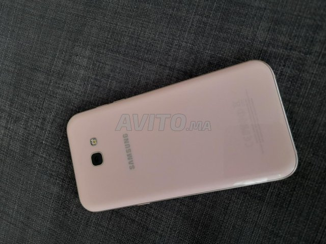 Samsung A7 2017 - 1