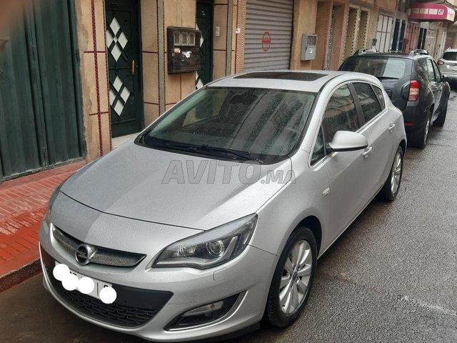 Voiture Opel Astra 2016 au Maroc  Diesel