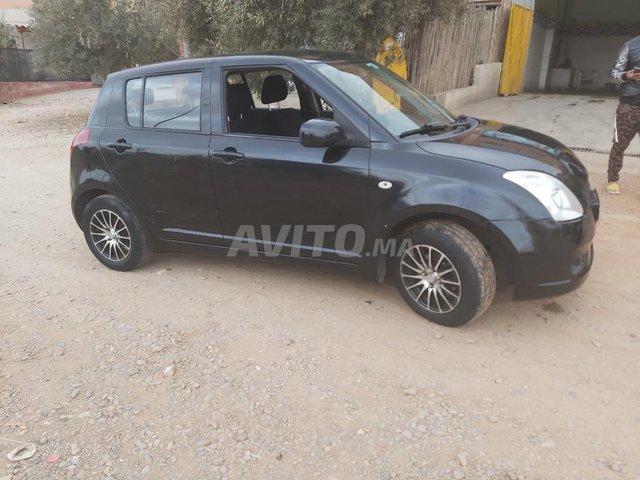 Voiture Suzuki Swift 2007 au Maroc  Essence  - 6 chevaux