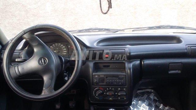 Voiture Opel Astra 1999 au Maroc  Diesel  - 7 chevaux