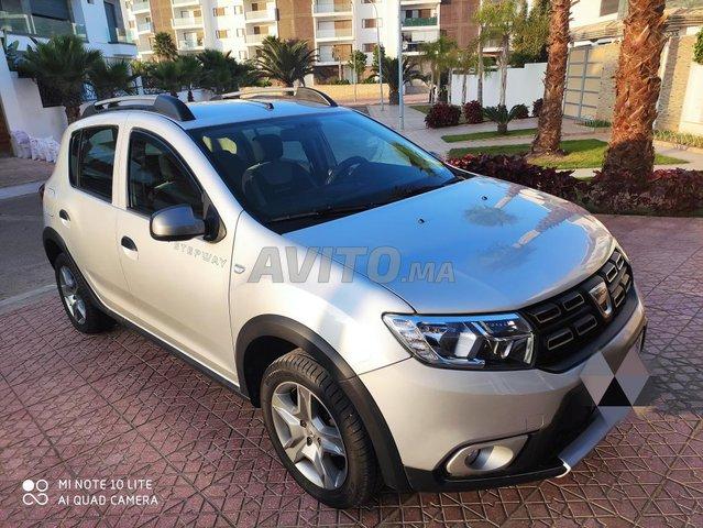 Voiture Dacia Sandero 2017 au Maroc  Diesel  - 6 chevaux