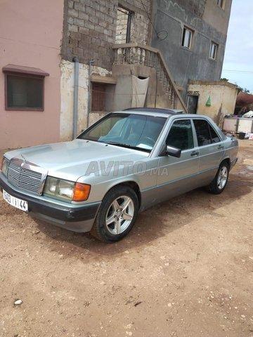 Voiture Mercedes benz R190 1986 au Maroc  Diesel  - 10 chevaux
