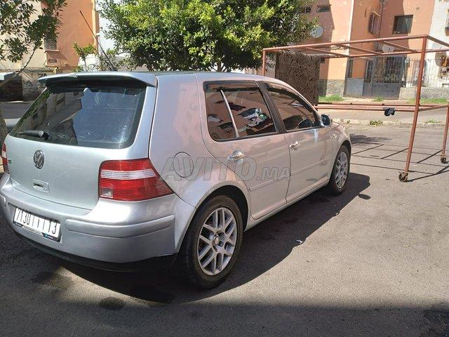 Voiture Volkswagen Golf 4 2003 au Maroc  Diesel  - 8 chevaux