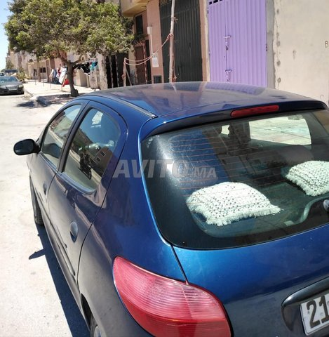Voiture Peugeot 206 2000 au Maroc  Essence  - 6 chevaux