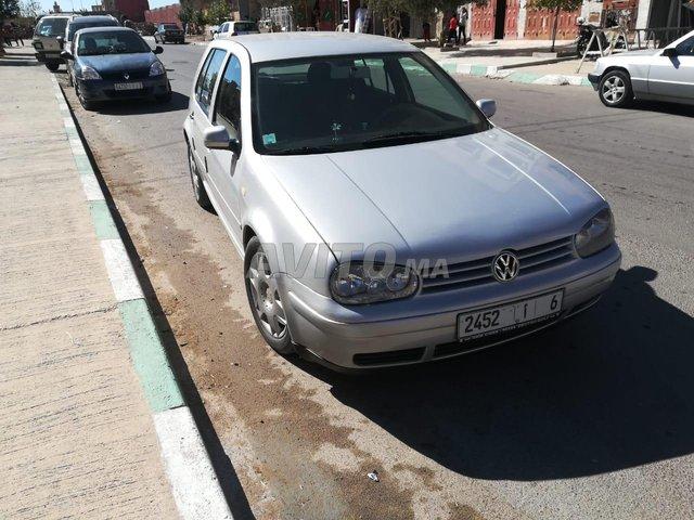Voiture Volkswagen Golf 4 2000 au Maroc  Essence  - 7 chevaux