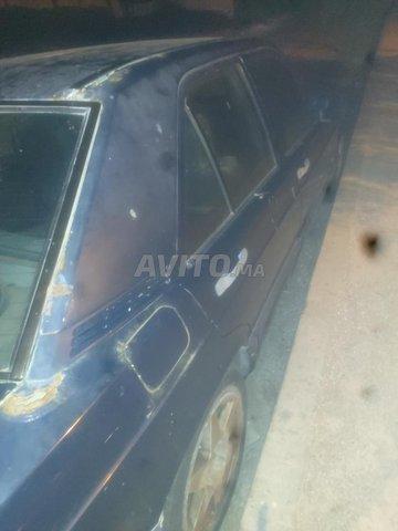Voiture Mercedes benz R190 1989 au Maroc  Diesel  - 10 chevaux