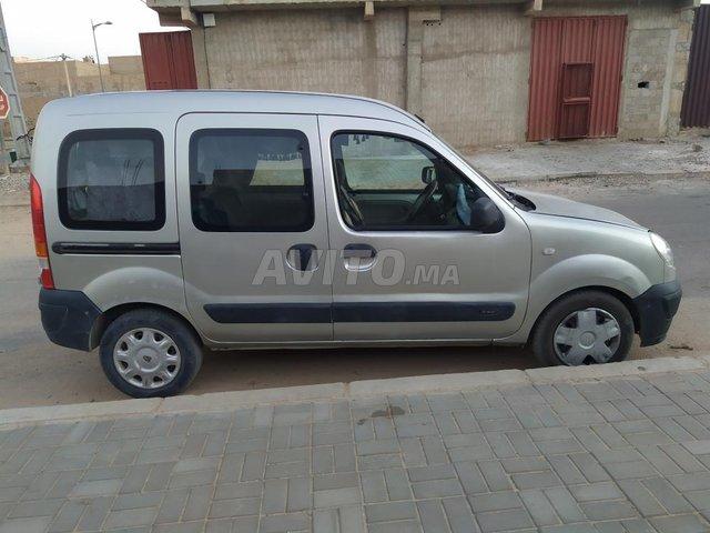 Voiture Renault Kangoo 2006 au Maroc  Diesel  - 7 chevaux