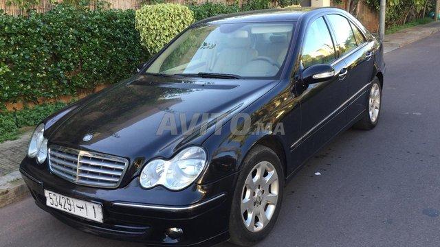 Voiture Mercedes benz 220 2006 au Maroc  Diesel  - 8 chevaux
