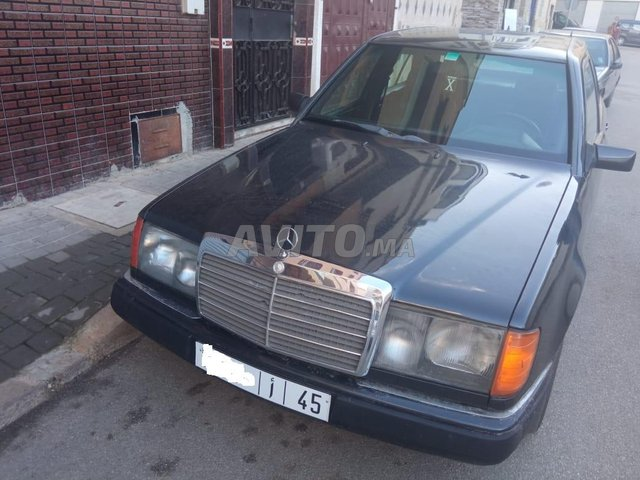 Voiture Mercedes benz R250 1987 au Maroc  Diesel  - 9 chevaux
