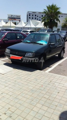 Voiture Peugeot 205 1990 au Maroc  Diesel  - 7 chevaux
