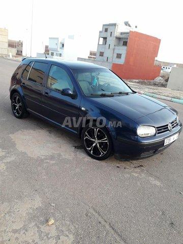 Voiture Volkswagen Golf 4 1999 au Maroc  Diesel  - 8 chevaux