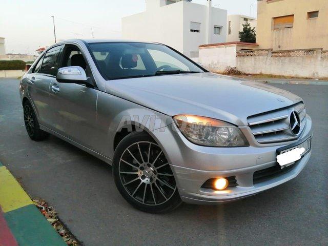 Voiture Mercedes benz 220 2007 au Maroc  Diesel  - 8 chevaux