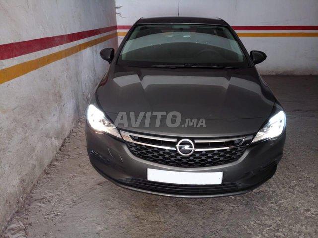 Voiture Opel Astra 2020 au Maroc  Diesel  - 6 chevaux