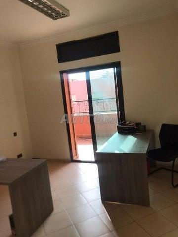 Location spacieux bureau de 200m2 à Hivernage - 1