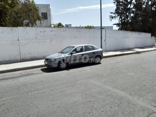 Voiture Opel Astra 2005 au Maroc  Diesel  - 7 chevaux