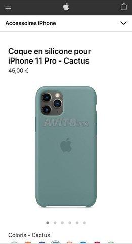 pochette silicone iphone 11 pro original - 2