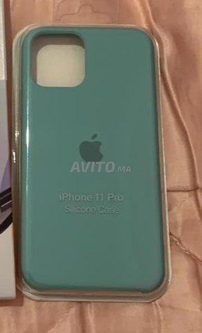 pochette silicone iphone 11 pro original - 4