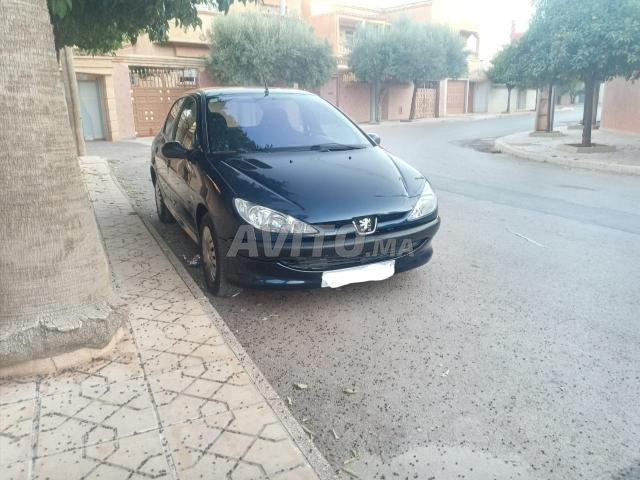 Voiture Peugeot 206 2001 au Maroc  Diesel  - 7 chevaux