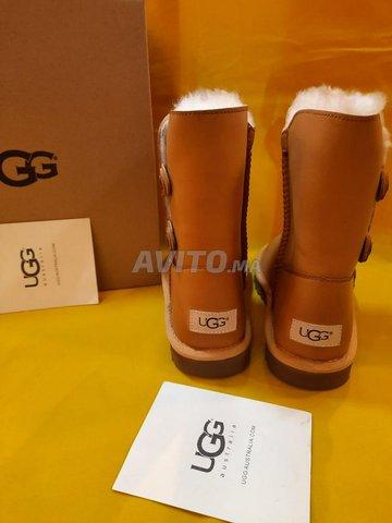 UGG Satina disponible  - 2