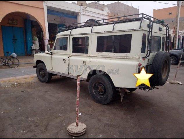 Voiture Land rover Defender 1987 au Maroc  Diesel  - 8 chevaux