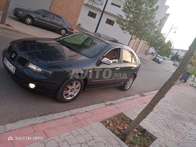 Voiture Seat Leon 2000 au Maroc  Diesel  - 8 chevaux