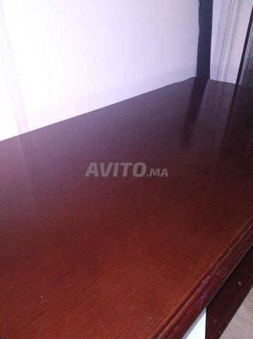 table basse faite avec un bois de qualité  - 1