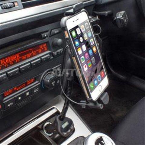 support chargeur transmetteur FM pour iphone - 1