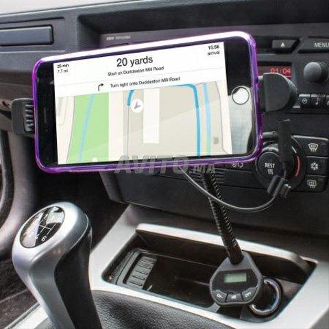 support chargeur transmetteur FM pour iphone - 2