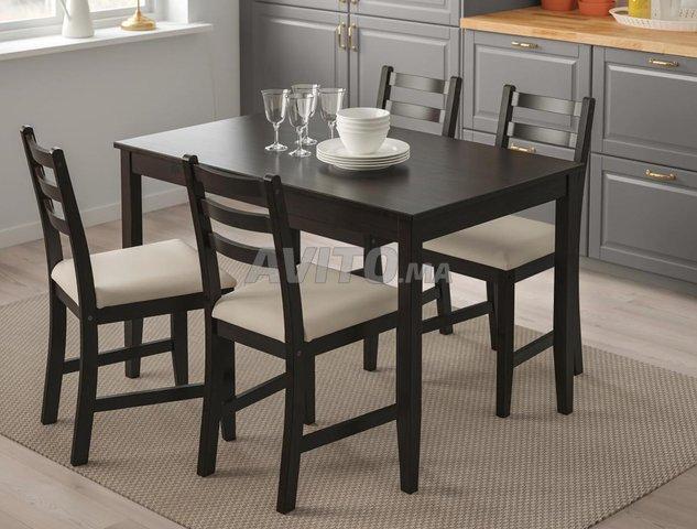 Ikea Table De Salle A Manger Avec 4 Chaises Meubles Et Decoration A Casablanca Avito Ma 43029007