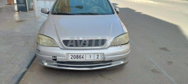 Voiture Opel Astra 2006 au Maroc  Diesel  - 7 chevaux