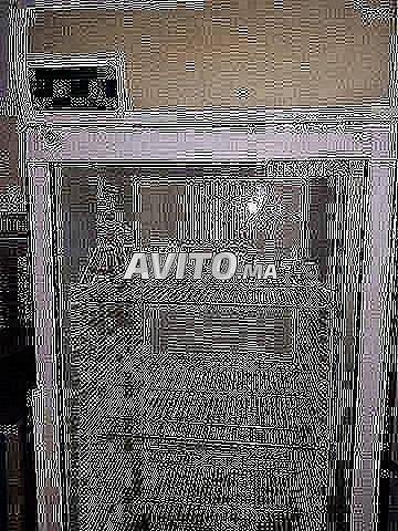 armoire a vitre importe  - 1