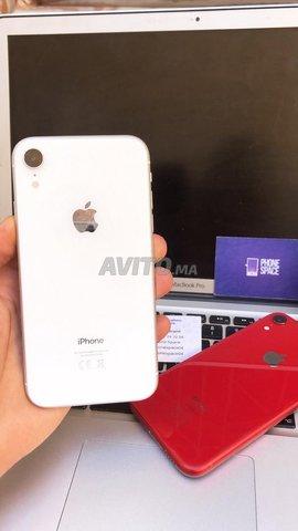 IPhone XR blanc 64GB Officiel - 1