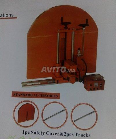 Wall cutting machine  - 1