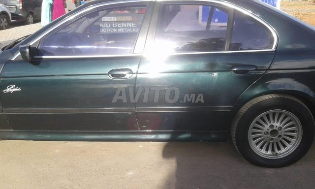 BMW - 4