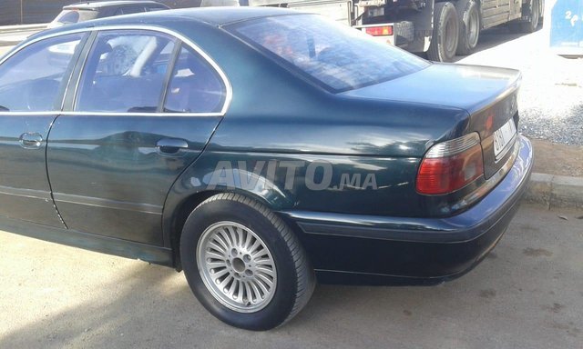 BMW - 7