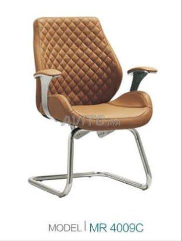 chaise importation réf 021 à Aïn Sebaâ  Réf 2Z1ka  - 2