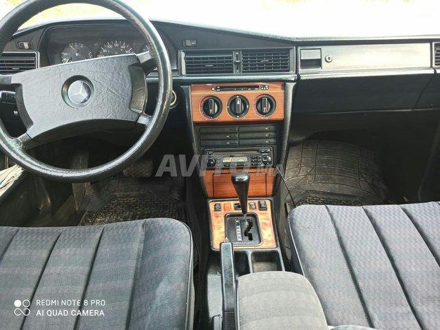 Mercedes-Benz 190 - 3